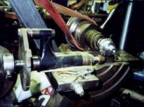 http://antiquemachinery.com